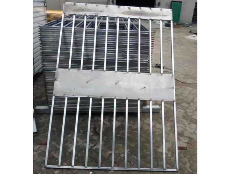 竖管井口防护栏